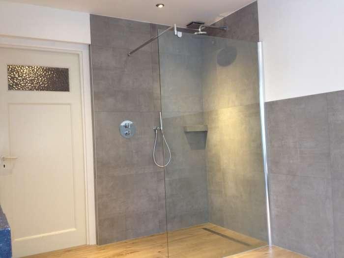 Badkamer Betegelen Bad ~ Badkamer renovatie en verbouwing voor elk budget  Renovatiebedrijf