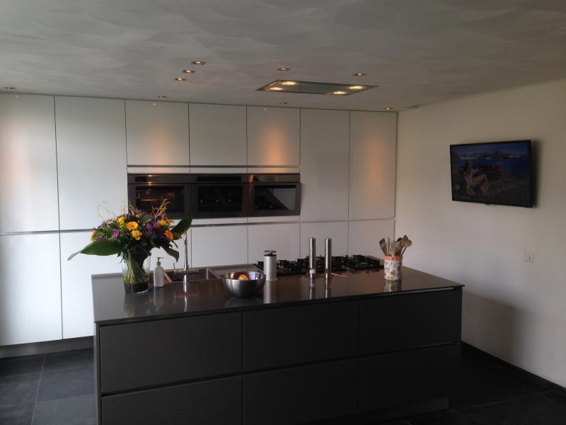 Nieuwe keuken met eiland